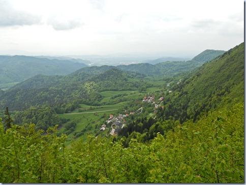 34 pogled v dolino
